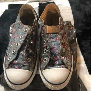 Girls floral converse tennis shoes
